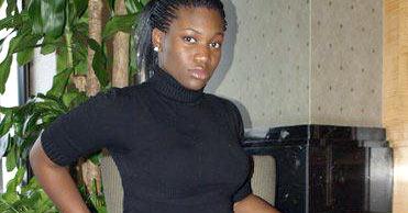 Belle femme africaine sur Angers