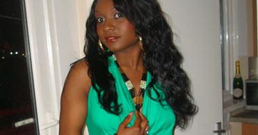 Femme black à Paris cherche mec câlin